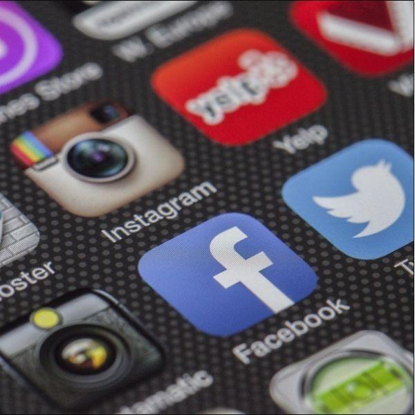 Pages Lieux Facebook : définition et enjeux